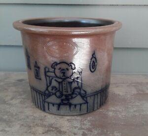 Lg. Salt Glazed Crock Beaumont Pottery York Maine Depicts Cobalt Blue Bear c1988