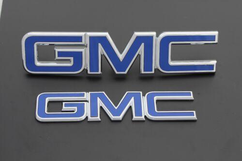 2017 GMC Sierra Dark Blue grille and tailgate emblems