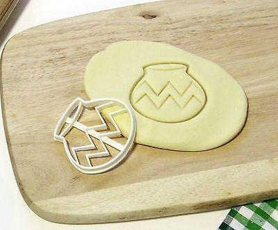 The Legend Zelda Link Rupee Rupie Cookie Cutter Cupcake Topper Fondant Cutter