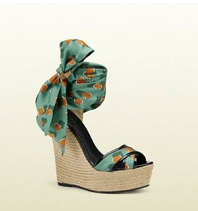 e847215fe8e Image is loading Gucci-Carolina-Heartbeat-Espadrille-Wedge-Sandals-Shoes-38-