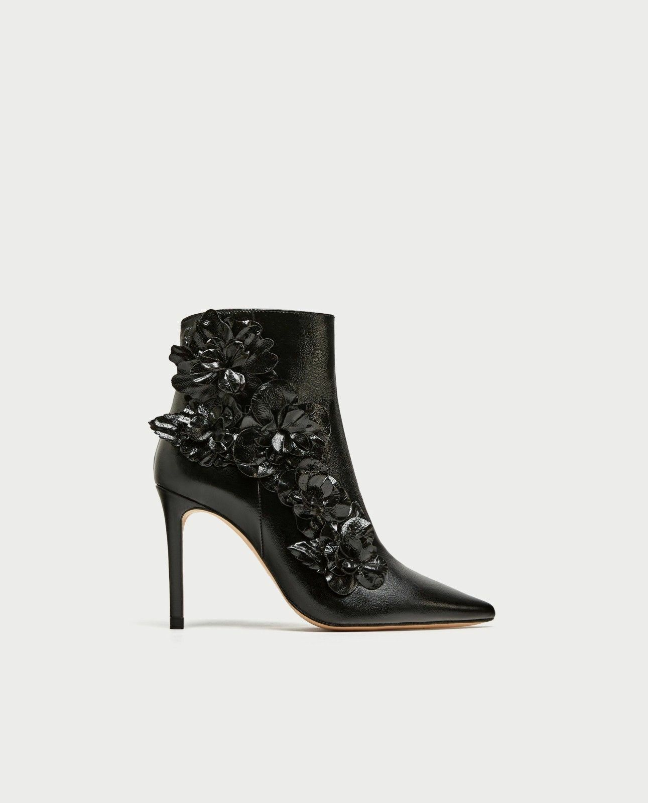 Zara Negro Cuero Tacón Alto Adornos botas al tobillo con Adornos Alto Floral 38 5 BNWT d0993e