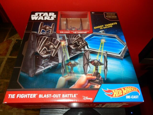 Star Wars Hot Weels Die-Cast  The Fighter Blast-Out Battle