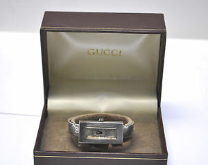 Auth-70-039-s-Gucci-Sterling-Silver-Ladies-Cuff-Bracelet-Manual-wind-GG-Logo-Watch