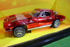 CHEVROLET-CORVETTE-STING-RAY-o-1-18-AMERICAN-MUSCLE-ERTL-32236-voiture-miniature