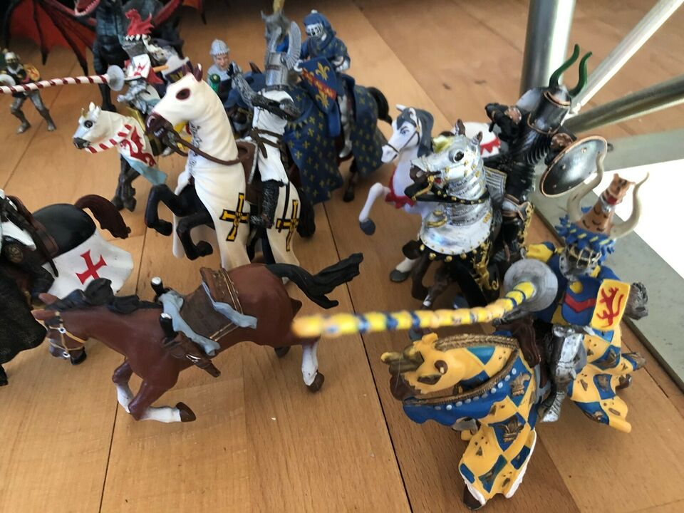 Figurer, Riddere og drager, Knights Legends