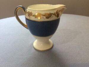 Wedgwood-Whitehall-powder-blue-bone-china-leigh-shape-creamer-W3993