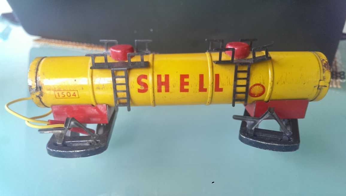 Biller 1504  SHELL Batterie-Tankwagen