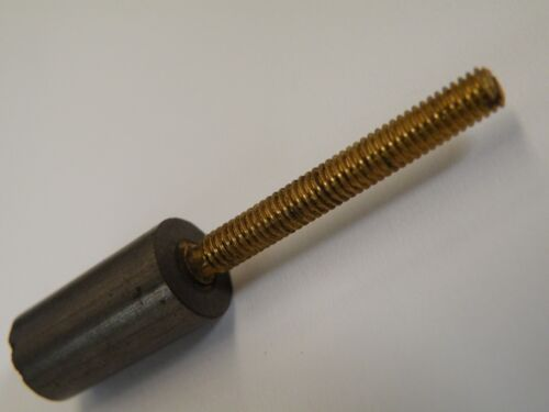 9.4mm diámetro x 19mm Largo de ferrita slug con tornillo de ajuste de latón 4BA CD08