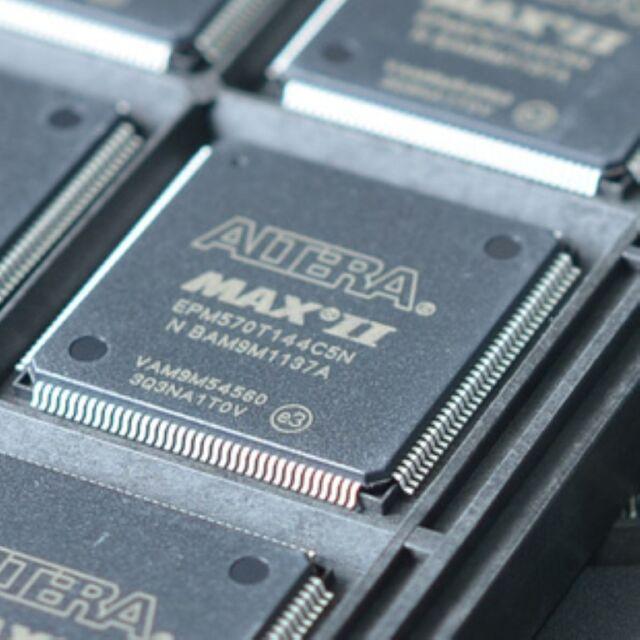 ALTERA EPM570T144C5N QFP-144 MAX II CPLD 570 LE 144-TQFP