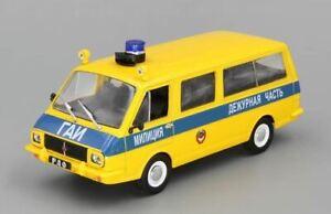 RAF-22033 Police de la route//Milizia GAI 1:43