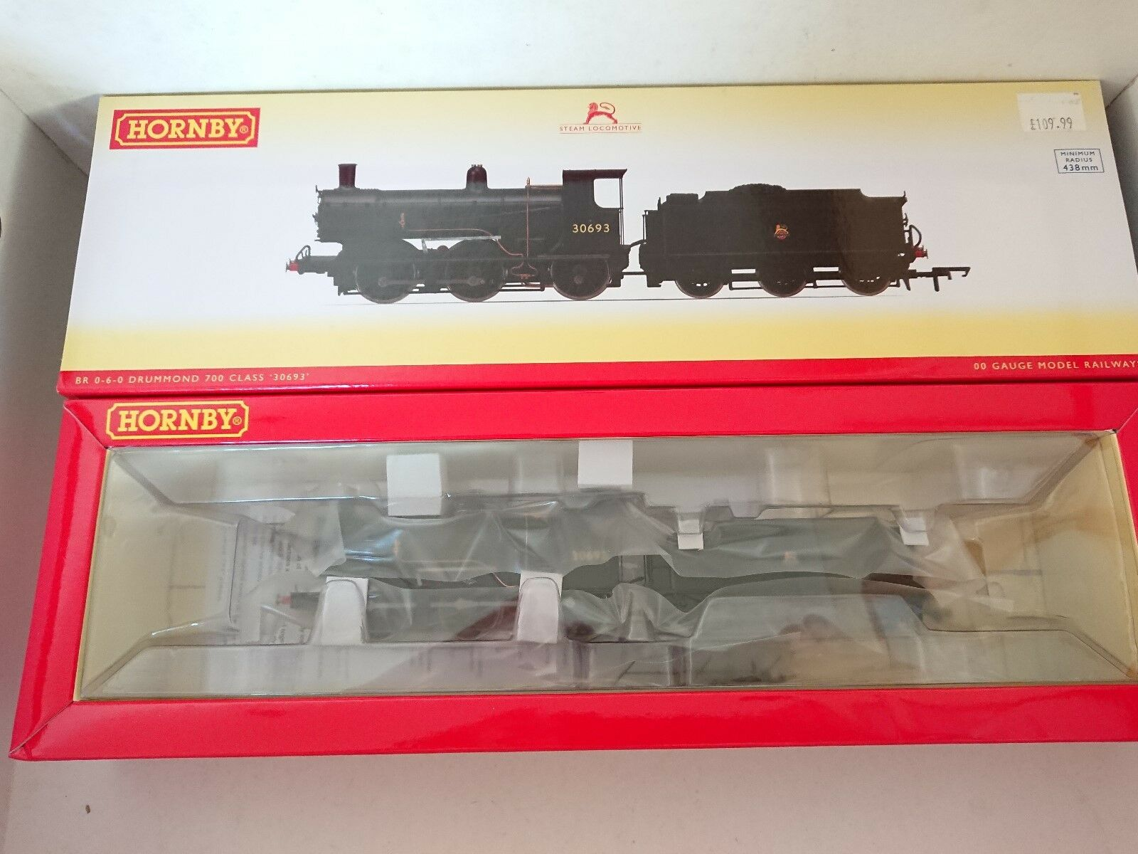 Hornby R3240 BR (Early) 0-6-0 Drummond 700 Class No. 30693 DCC Ready NEW
