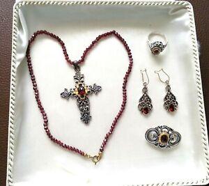 Details zu Granat Schmuck Set, Antik Silber 835 Collier mit Kreuz, Ohrringe, Ring, Brosche