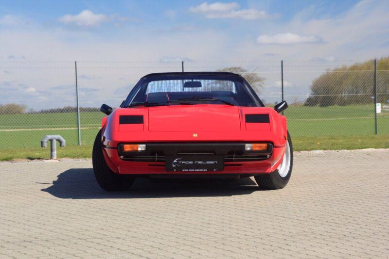 Ferrari 308 GTS - 2