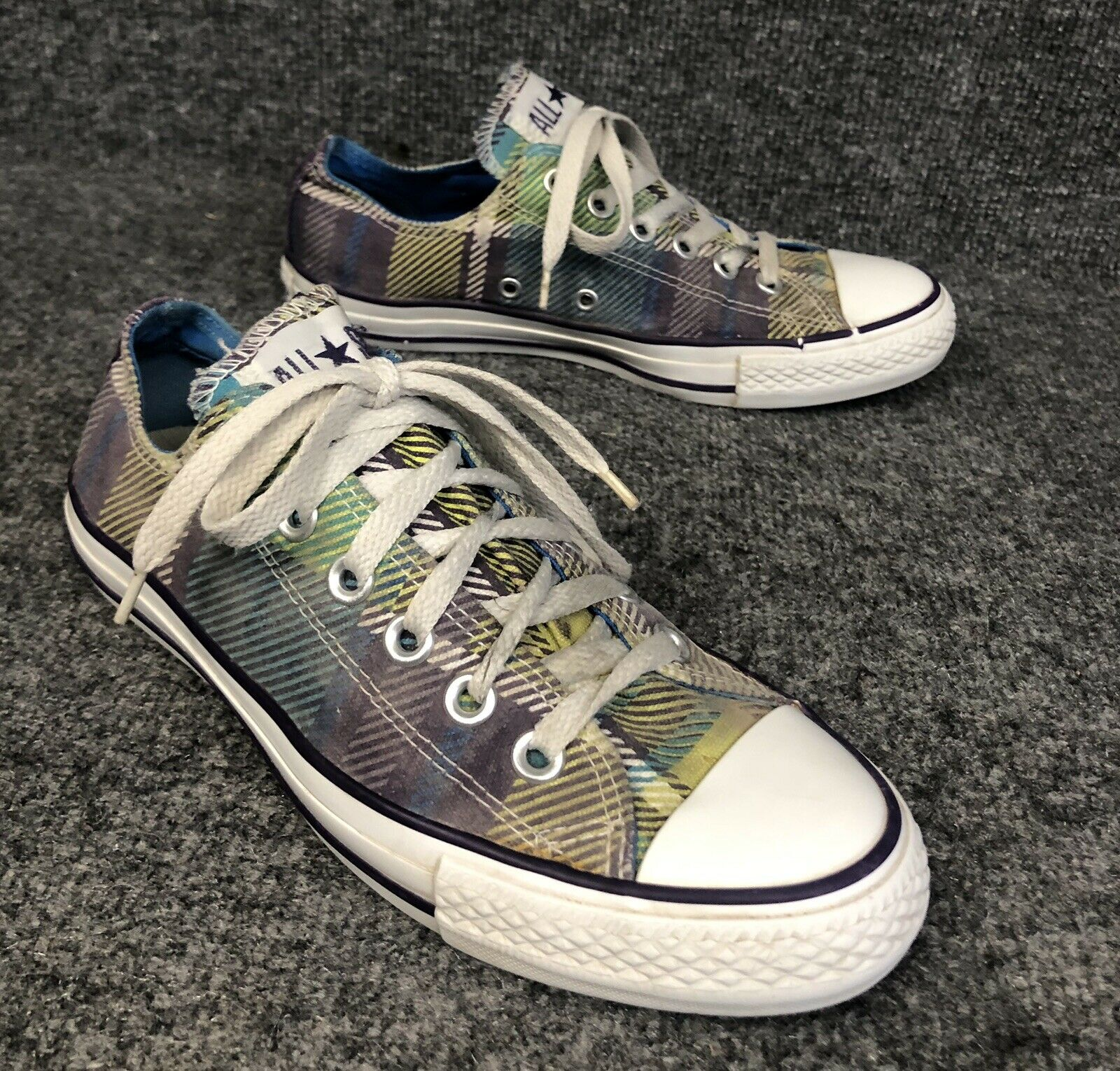Converse All Star Low Top Plaid Sneakers shoes Womens Sz 7 Nice