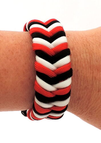 Red White and Black Stripes Paracord Bracelet with Buckle Colour Choices