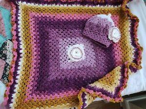 Hand Crochet Estilo Retro Manta de bebé y sombrero a juego hechas con Sirdar..