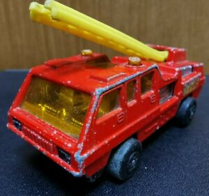 Vintage-Blaze-Blaster-Fire-Engine-No-22-Matchbox-Good-condition-Used