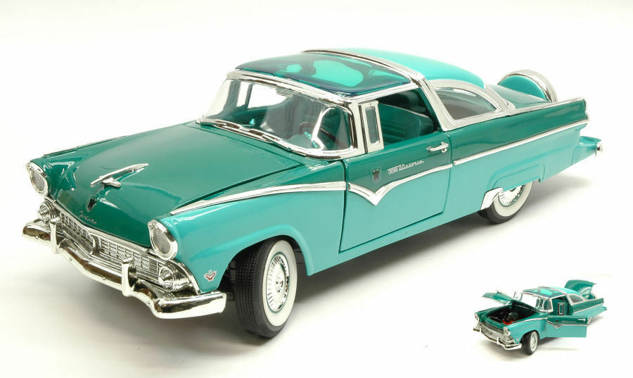 Ford Fairlane Crown Victoria 1955 Metallic verde 1 18 Model LUCKY DIE CAST