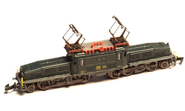 8856 Marklin Z-scale  SBB Be 6/8 Crocodile grey chassis, dark wheels