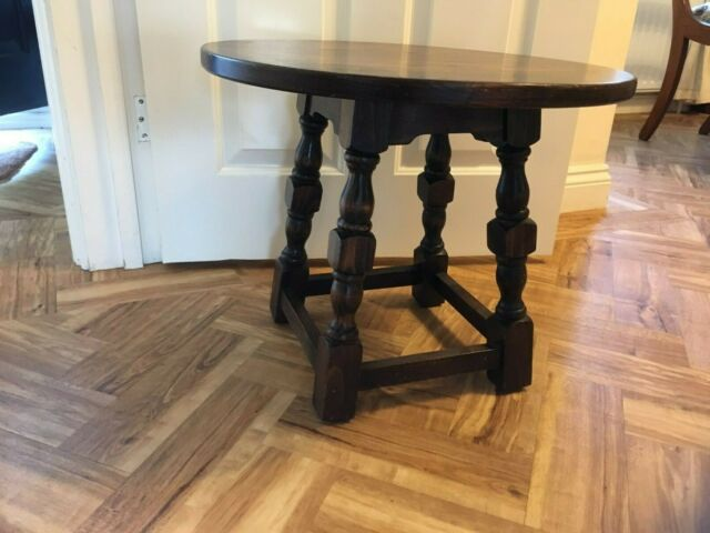 Webber Dark Solid Oak Round Small Coffee Table Side Lamp Tudor Antique Style - Antique Small Oak Side Table With Drawer