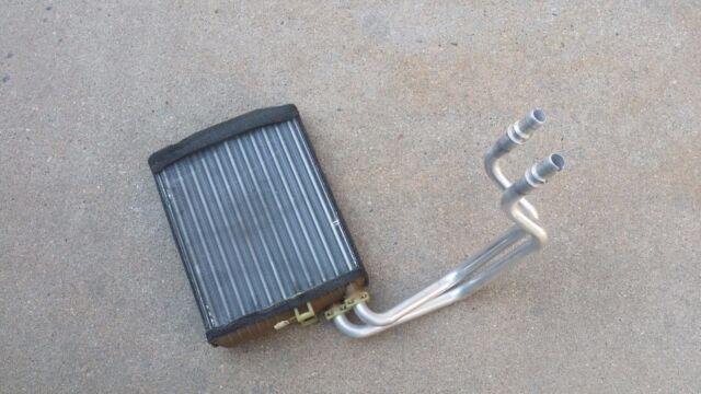 2003-06 VOLVO XC90 Heater Core Radiator .