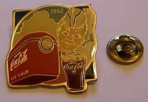 COCA-COLA-ICE-COLD-US-SOLDIER-1952-stamped-Wilson-Coca-1985-vintage-pin