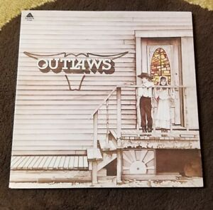 Vintage-1975-The-Outlaws-034-Self-Titled-034-LP-Arista-Records-AB-4042-NM