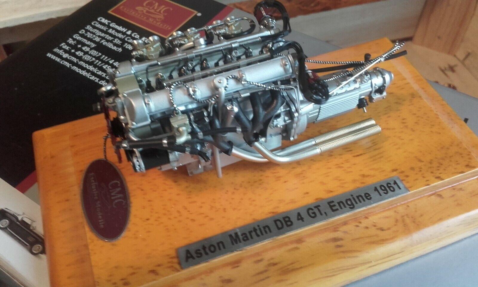 CMC moteur  aston martin db4 gt avec sa  boite et sa vitrine