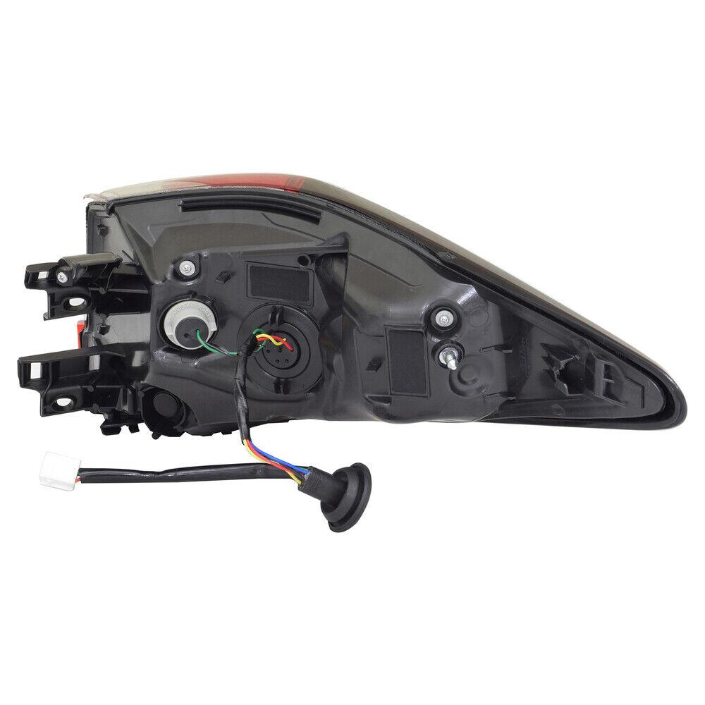 TYC 11-6882-00-9 Tail Lamp