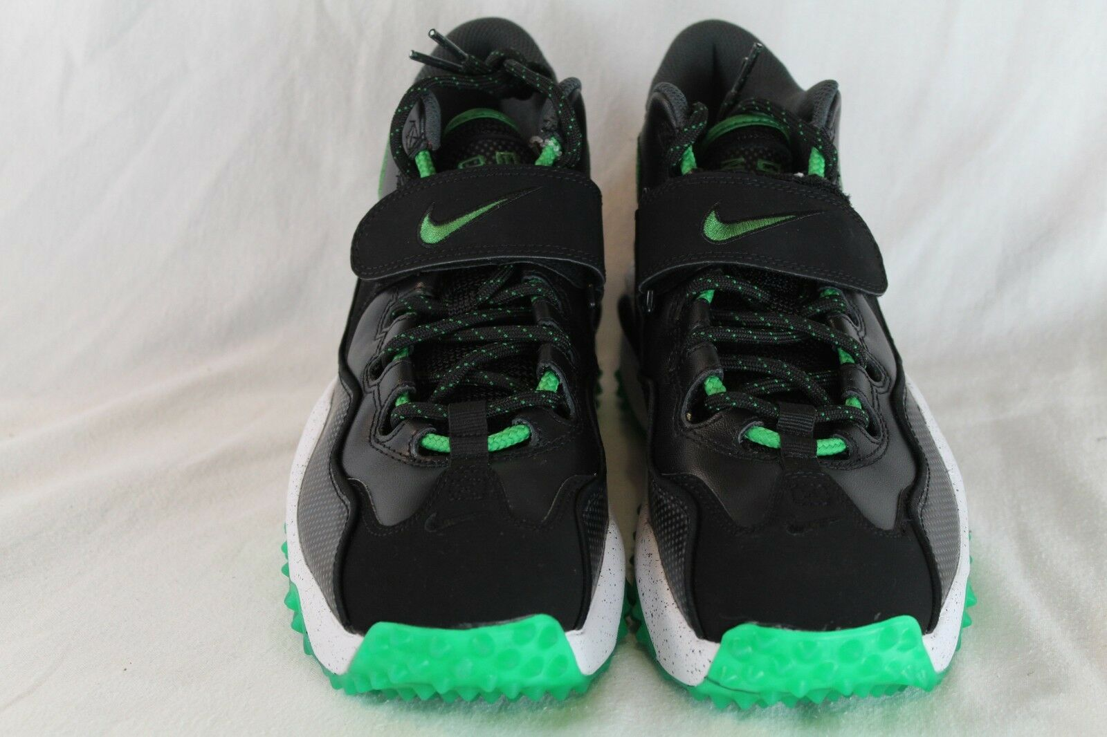 Nike Air Zoom Turf Oregon Ducks Size 9.5 DS Brand New 644104-001