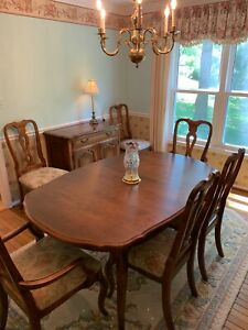 Ethan Allen Dining Table Two Leaves