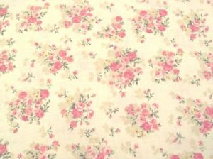 69-034-Remnant-Cottage-Shabby-Chic-Mary-Rose-2140Y-14A-Beige-Rose-Bouquets-Fabric