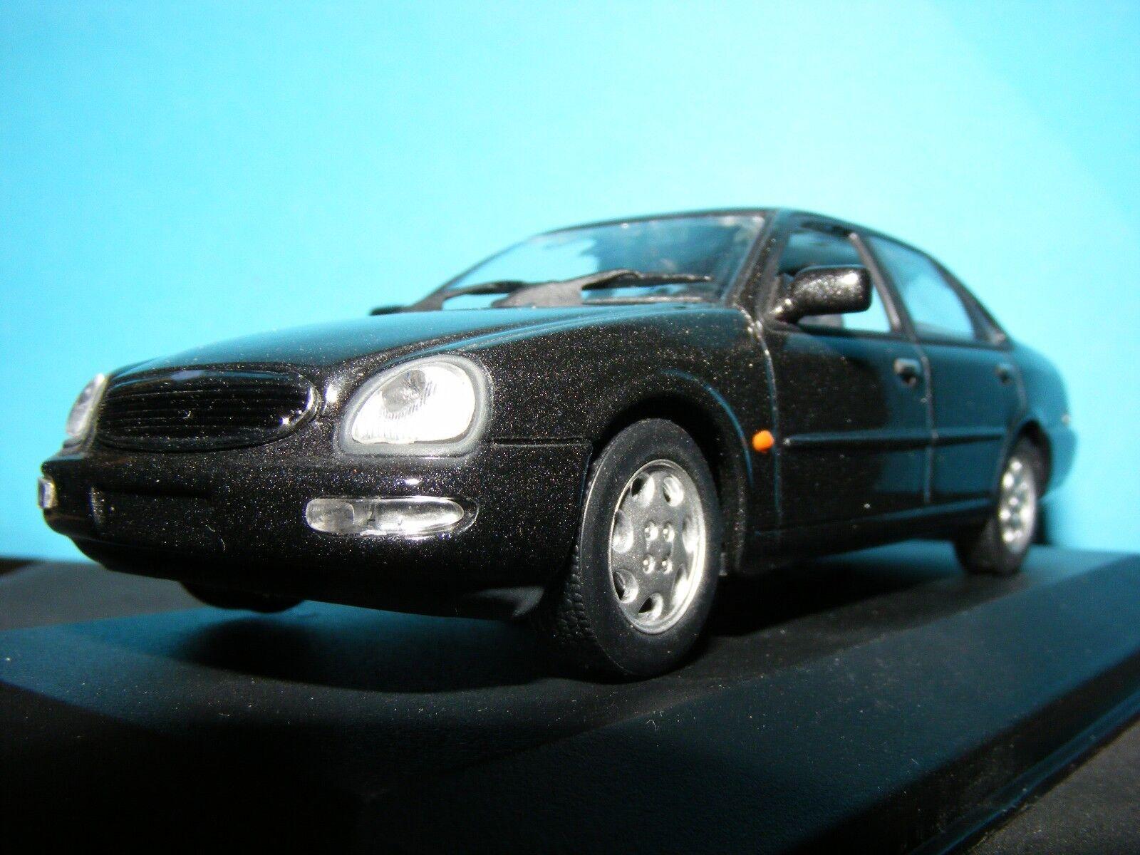 Ford Scorpio Granada 1995 1995 1995 Raro Minichamps nla en caja exterior gris 1 43rd Nuevo elemento f56d49