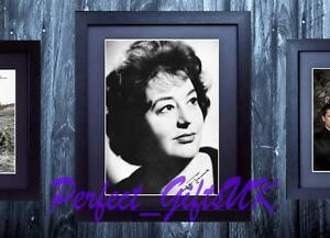 HATTIE-JACQUES-CARRY-ON-FRAMED-amp-MOUNTED-SIGNED-10x8-REPRO-PHOTO-PRINT