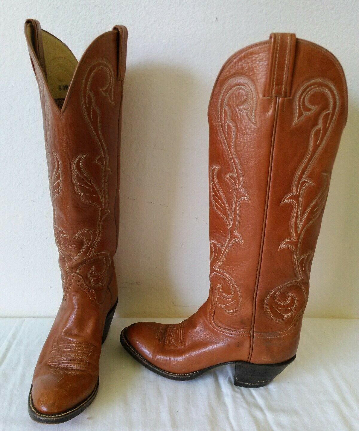 Vintage HONDO lady brown leather high cowboy western boots Size 6.5 A