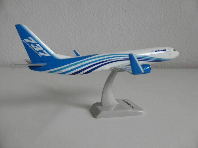 Hogan Wings 1:200 Boeing 737-800BCF Boeing BCF  Boeing House Colour  LI0014
