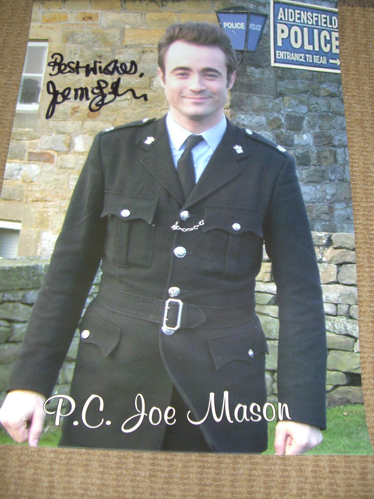 HEARTBEAT personally signed 16x12 - JOE McFADDEN as PC JOE MASON