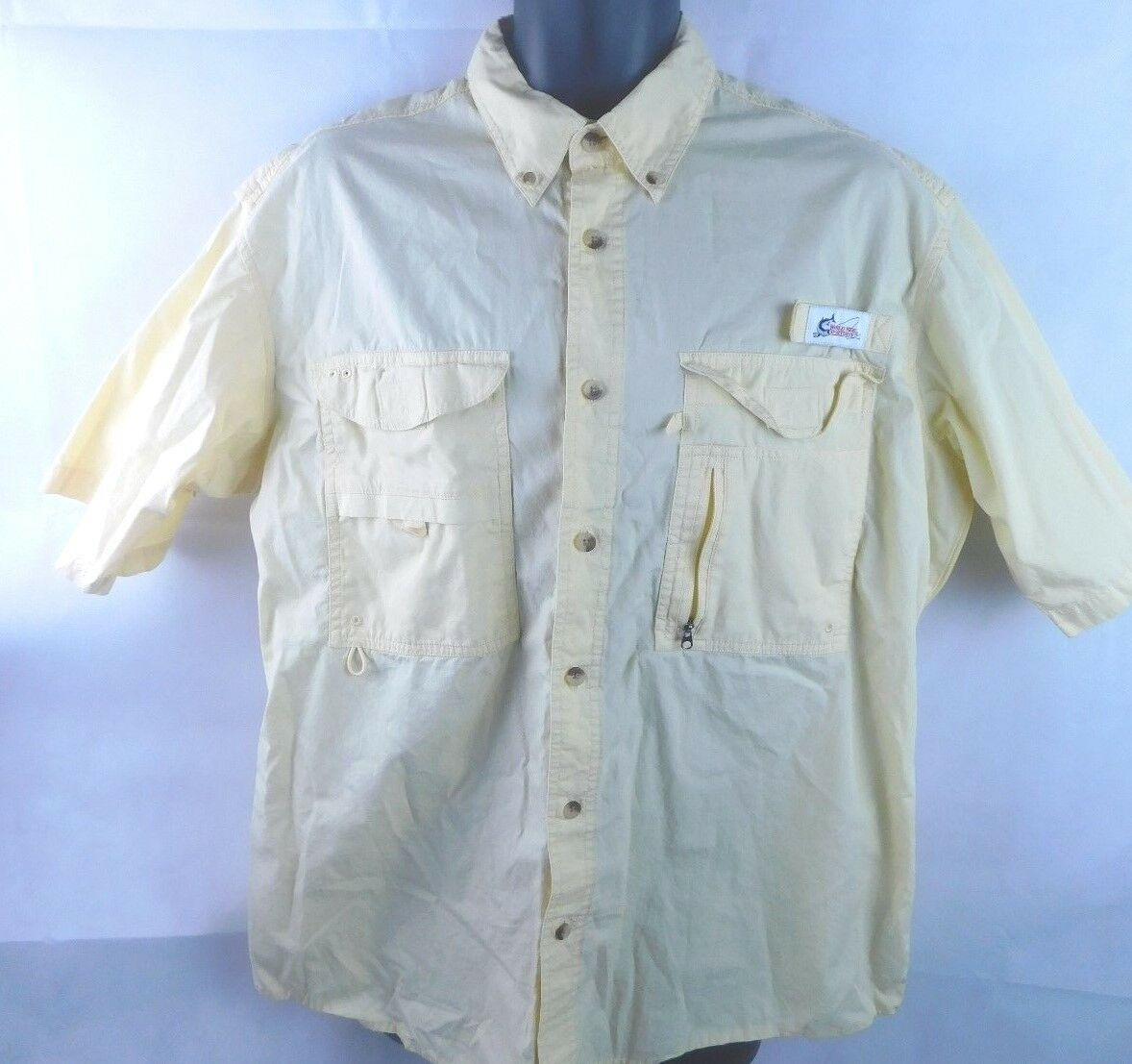 World Wide Sportsmen Button Front Short Short Front Sleeve Uomo Vented Fishing Shirt Size L ee6c11