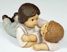 GOEBEL - 16cm Figur Porzellanfigur - LIMPKE - NINA & MARCO - Kuschelstunde
