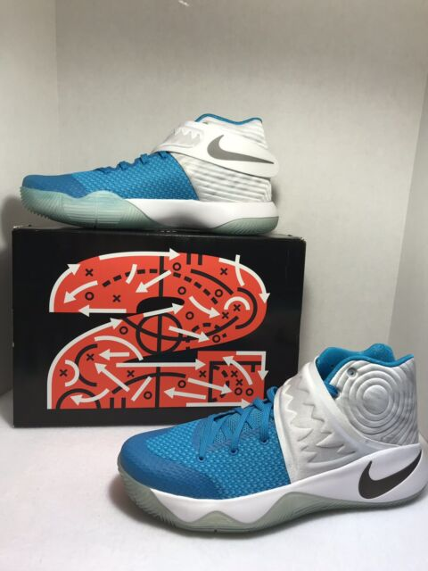 wholesale dealer dbb2b cd885 KYRIE IRVING Nike 2 XMAS Christmas Sz 11.5 - NIB - White/ Blue Obsidian  823108