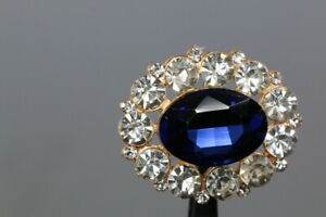 Gorgeous-Stras-zierknopf-With-Blue-Gemstone-Probably-From-2010