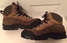 Montrail Gore Tex Classic Hiking Boots Womens Sz 7.5 Brown Vibram Leather