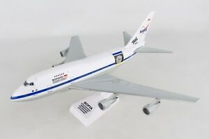 FLIGHT-MINIATURES-NASA-SOFIA-BOEING-747SP-1-200-Scale-PLASTIC-MODEL