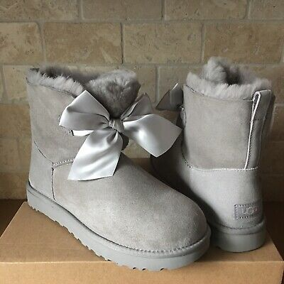738a0581c53 UGG GITA BAILEY BOW SATIN SEAL GREY SUEDE FUR SHORT ANKLE BOOTS SIZE 10  WOMENS | eBay