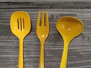 Vintage-Lot-Melanie-Plastic-Utensils-Foley-Hutzler-Ladle-Spoon-Fork-Gold-Denmark