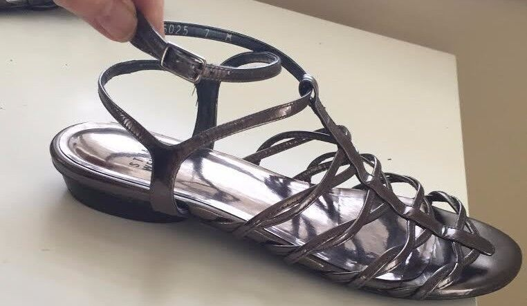 Stuart Weizmann sheen Sandal gunmetal slight patent sheen Weizmann Size7M Worn twice Org.395.00 81080d