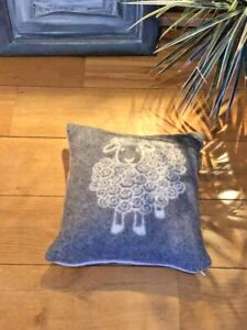 DOUBLE-SIDED-PILLOW-40x40cm-WITH-WOOLEN-100-wool-COVER-ANTI-ALLERGIC-SHEEP
