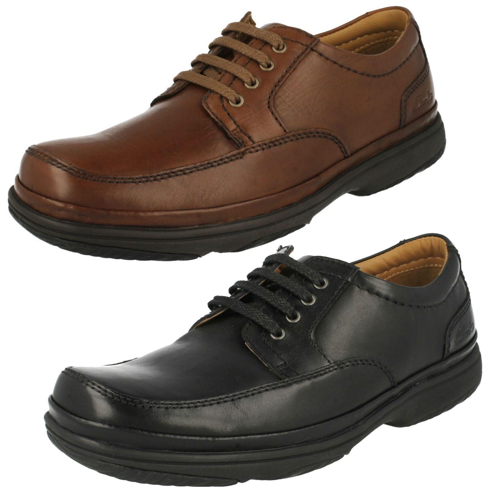 Clarks Swift Meile Herren Braun oder Schwarzes Leder Breite Passform Schuhe (H