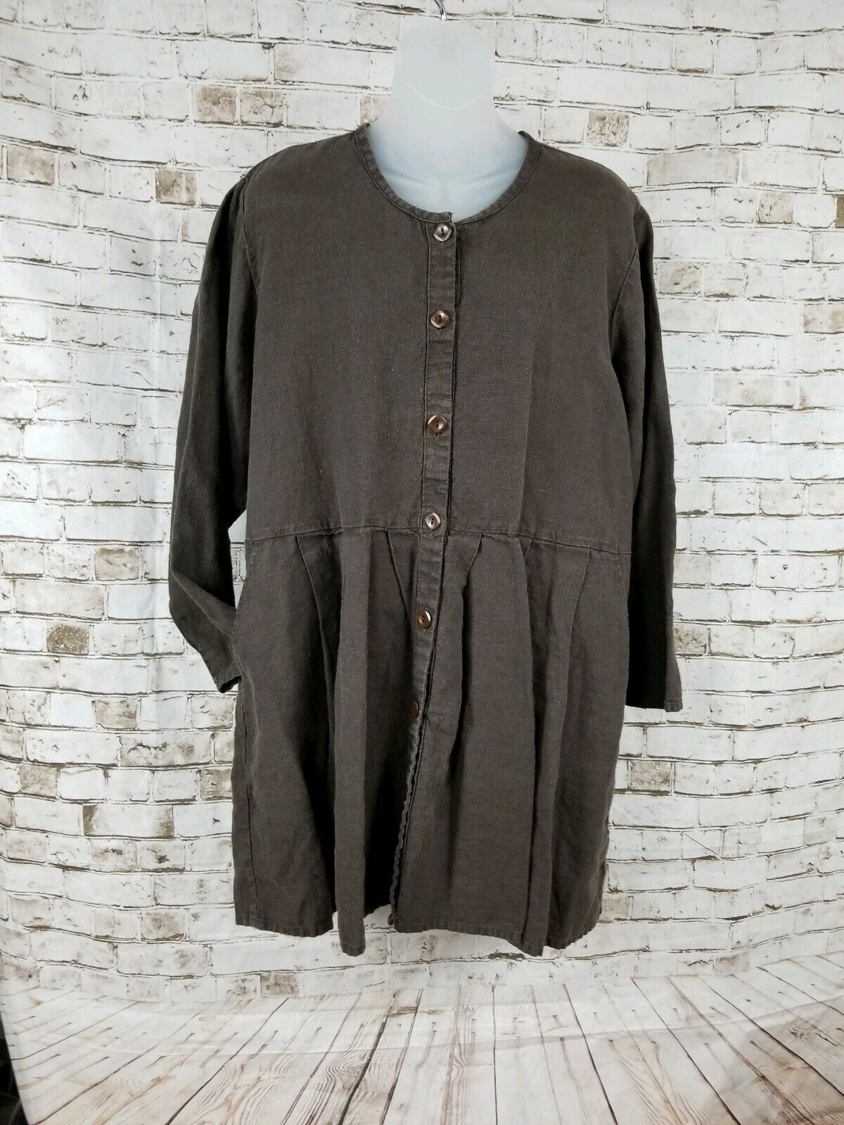 Flax brand clothing for petite women, auberge petite madeleine