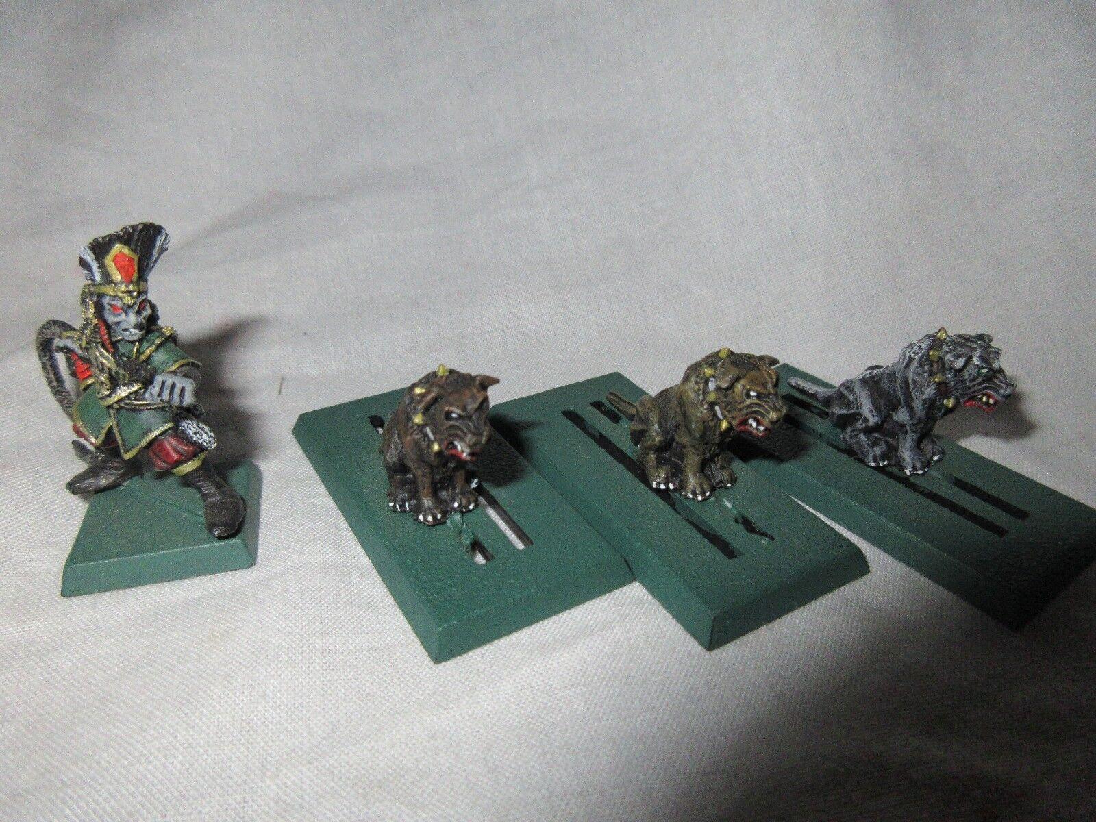 1990 Dark Elf  Whelp Master & War Hounds Marauder Army Chaos Dog Handler